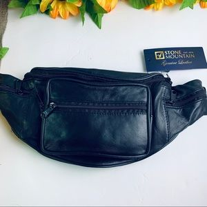 Stone Mountain Multi Pocket Leather Belt Bag NWT